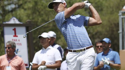 Grayson Murray handles the wind and leads Texas Open