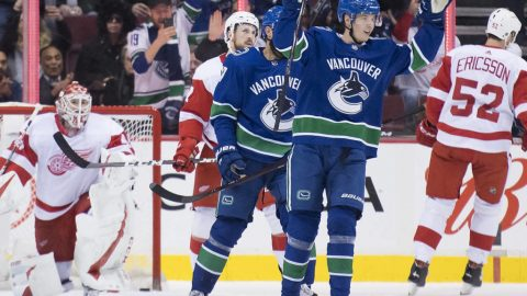 Pettersson returns to lead Canucks to 3-2 win over Red Wings