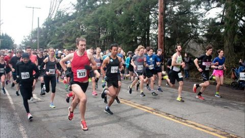 Victoria runners tops in Cobble Hill 10K