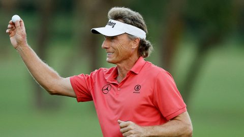 Langer eagles 18th to take lead at Oasis Championship