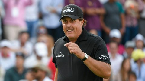 Mickelson's 600th start a milestone in a career overrun with milestones