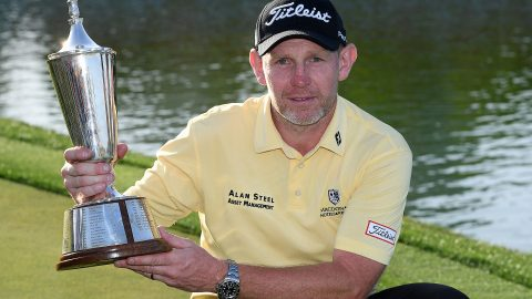 Gallacher overcomes quad, birdies three of final four to win in India