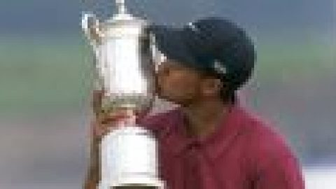 Tiger's record Pebble win remembered