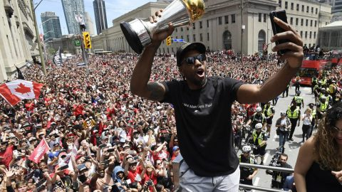 Report: Kawhi Leonard to leave Raptors, sign with L.A. Clippers