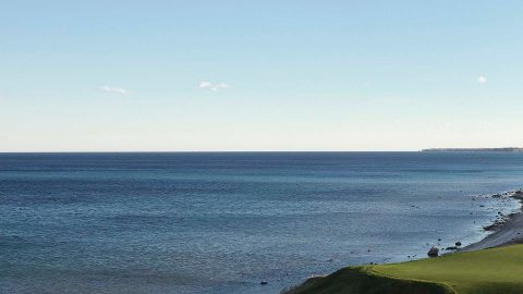 Course reverses stance on hitting balls into Lake Michigan for environmental reasons