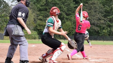 Little league squads competing in Saanich for national softball title