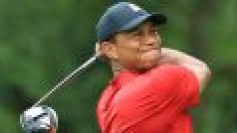 Woods unable to defend Tour Championship title