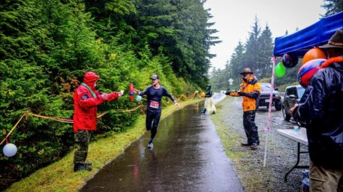 Runners brave wet, windy weather for Ucluelet's 20th Edge to Edge