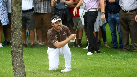 Oosthuizen (64) takes lead, eyes title defense at South African Open