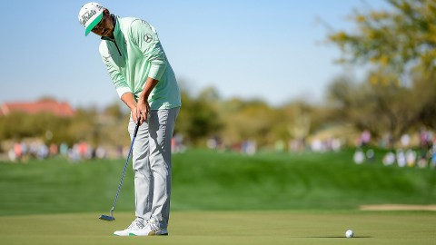 Defending WMPO champ Fowler survives cut line thanks to Friday 65