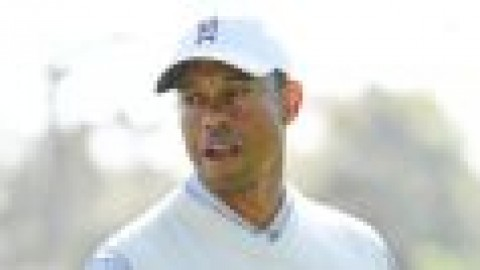 Tiger angered by wedge mistakes