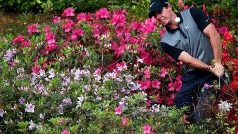 With 'no competition', golfers play waiting game