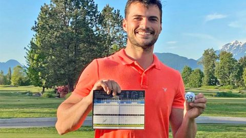 VIDEO: B.C. golfer shoots a 59, then jumps in the water