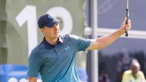 Spieth back in contention as Burns retains lead